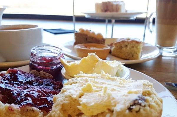 Afternoon tea, scone, cream, jam, Restaurant